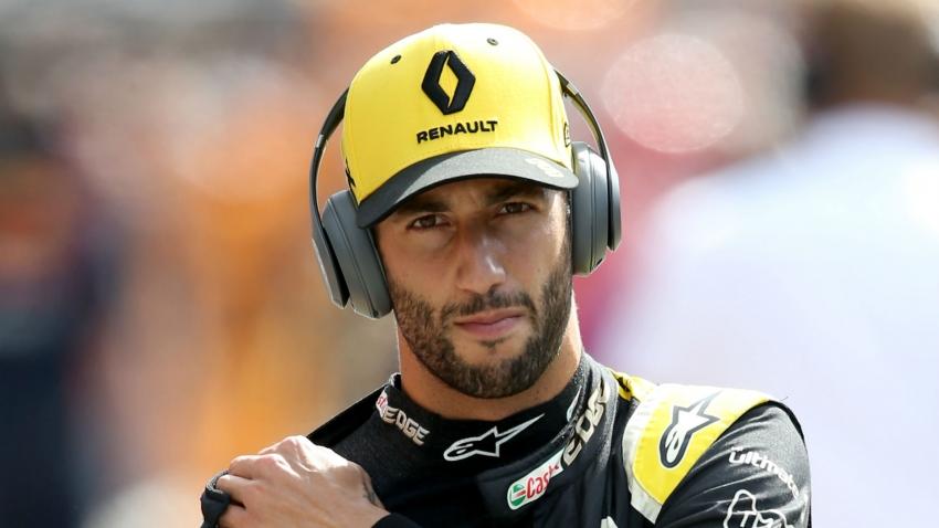 Ricciardo held Ferrari talks before agreeing to join McLaren