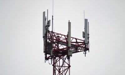Torres de teléfonos celulares en Canadá están siendo incendiadas por las teorías de conspiración 5G