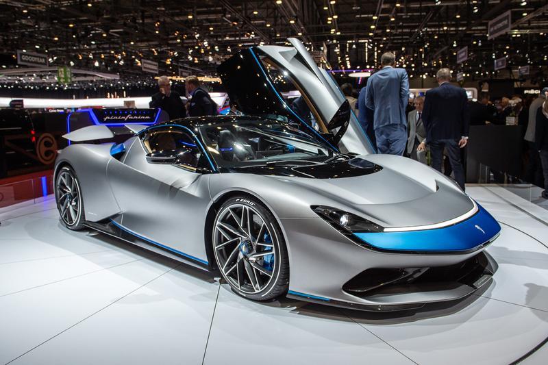 2021 2022 geneva motor show automotive industry cancelled events sale loan canton Coronavirus COVID-19