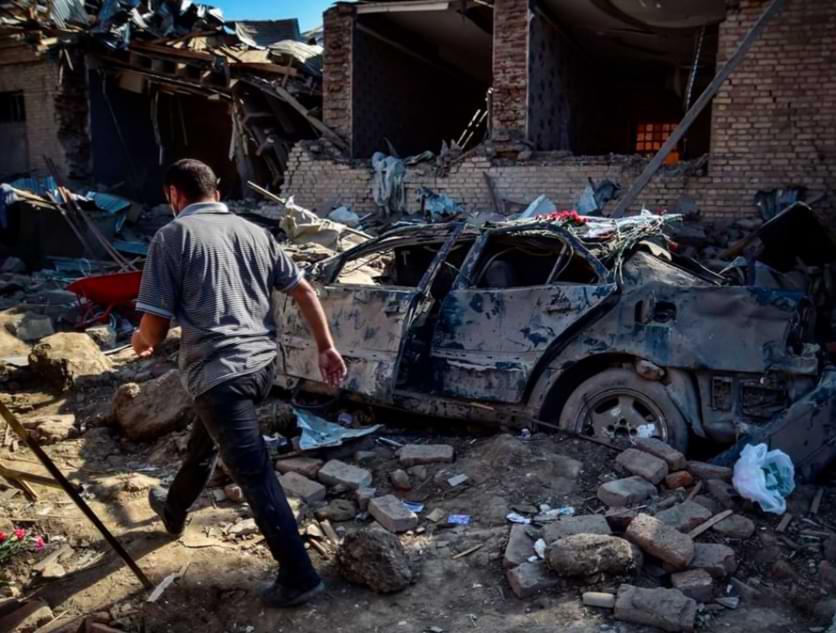 Aumentan las muertes en los enfrentamientos entre Armenia y Azerbaiyán en medio de llamados a tregua