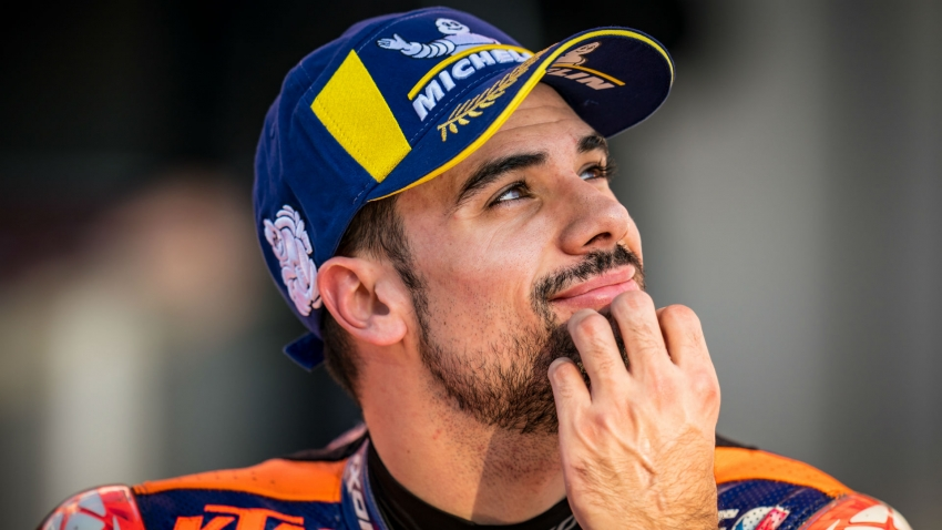 Oliveira signs off in style in Portugal to cap 'crazy' MotoGP season
