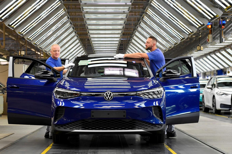 Volkswagen acelera el cambio a la era eléctrica y autónoma