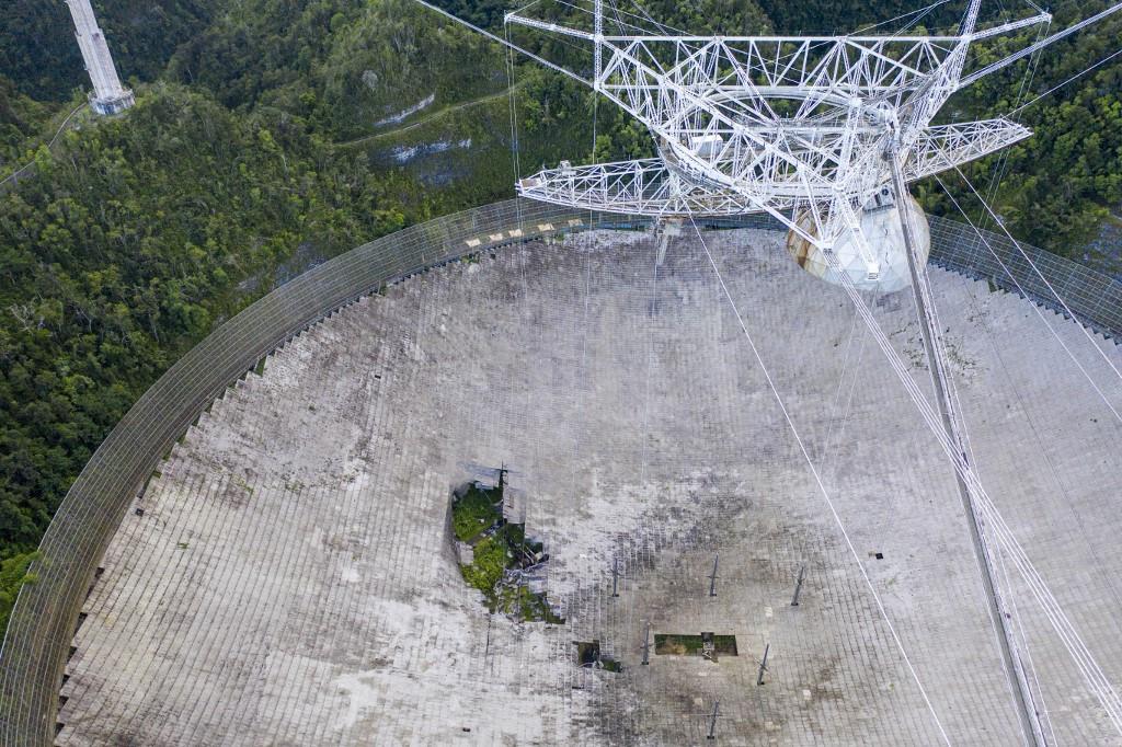 El telescopio de Arecibo, estrella del mundo de la astronomía, será desmantelado