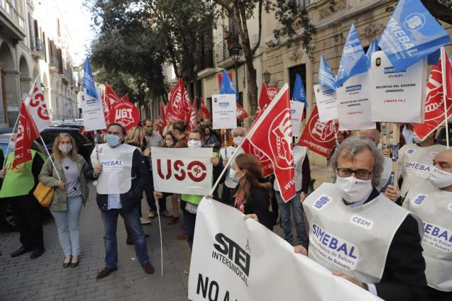 Protest against public sector pay cut in Palma, Mallorca