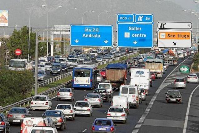 Heavy traffic in Palma.