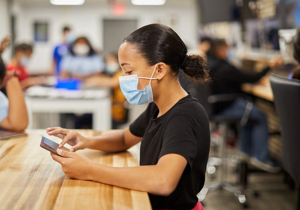 Apple donó 2.500 dispositivos a la organización sin fines de lucro
