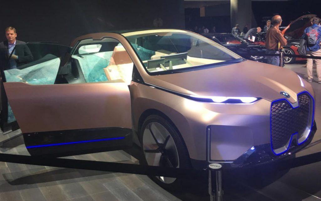 BMW iNext SUV eléctrico avanzado que se presentará mañana