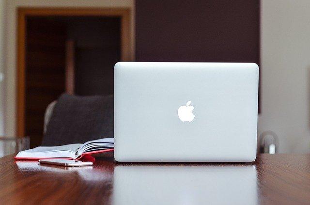 Cómo deshabilitar el tinte de papel tapiz en Windows en Mac