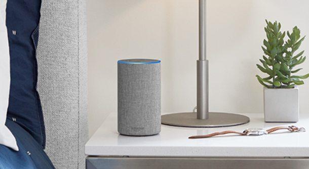 Cómo emparejar dos altavoces Amazon Echo Alexa para sonido estéreo