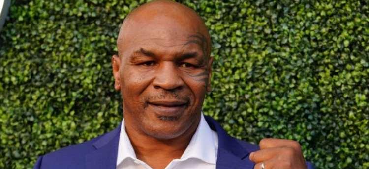 Mike Tyson vs.Roy Jones Jr . Cómo transmitir la pelea en vivo