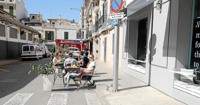 Temporary bar terrace in Palma, Mallorca