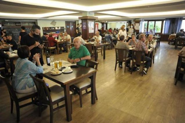 Restaurants in Mallorca will close at 22:00.
