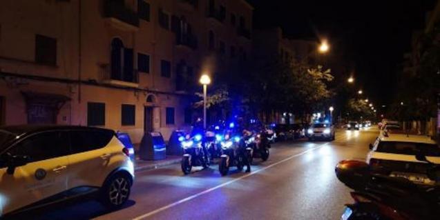 22:00 curfew in Palma.
