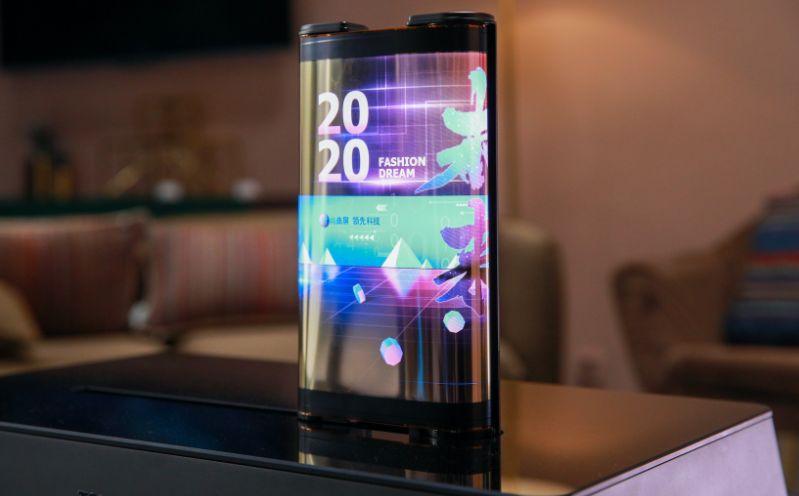 Vea el teléfono OLED enrollable y la tableta tipo scroll de TCL para CES 2021