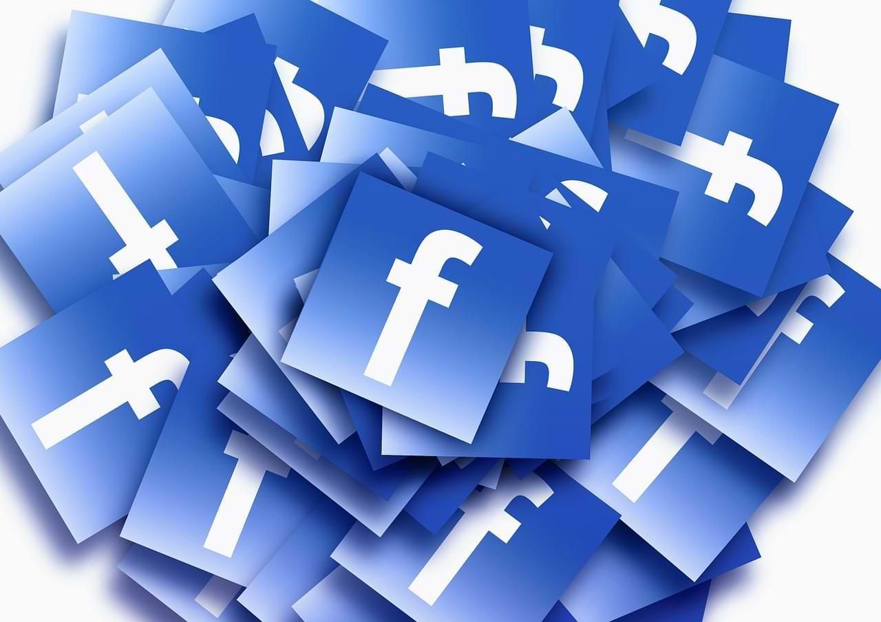 Cómo desactivar los comentarios cuando se transmite en vivo en Facebook