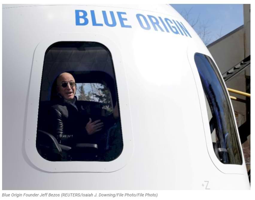 Derrota a Elon Musk, Jeff Bezos se convierte en pasajero en el primer vuelo al espacio