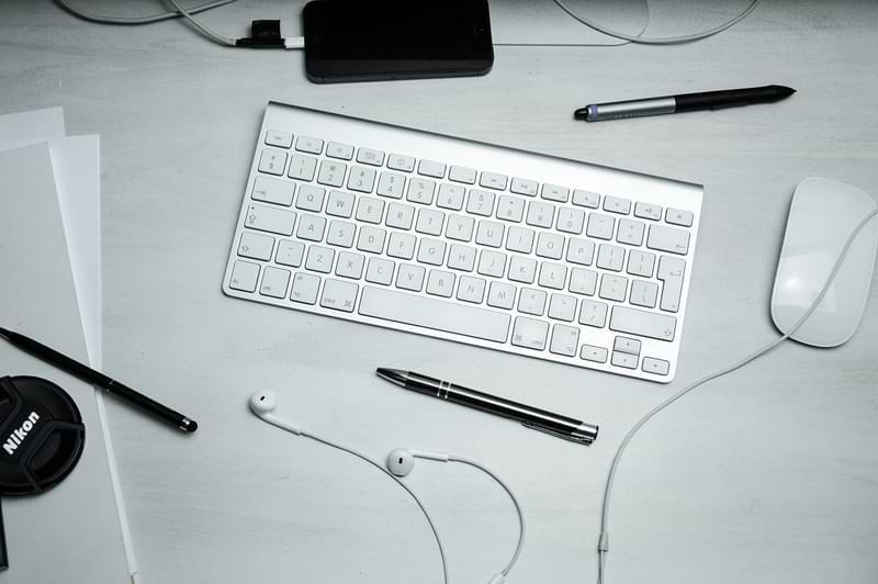 Cómo conectar un mouse y un teclado a su Xbox