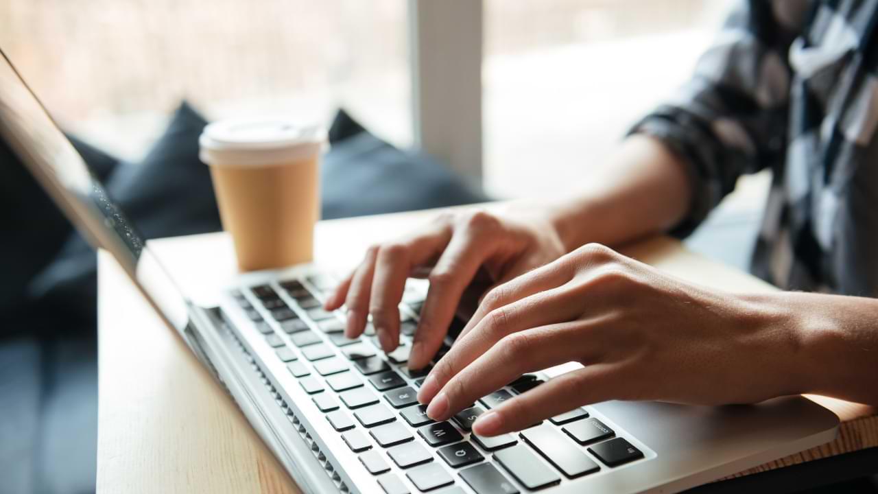 Cómo preparar una computadora, tableta o teléfono antes de venderlo